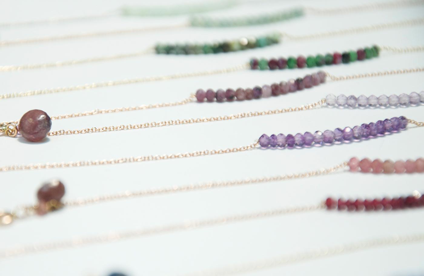 braccialetti-oro-e-pietre-gioielli-di-chiara-parra-e-daniele-pifferi-bologna
