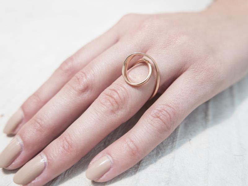 Anello in oro - Modello Tornado (disponibile anche in oro bianco, rosa ed in argento) - daniele pifferi gioielli bologna centro